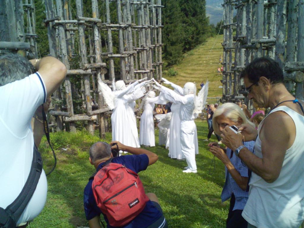 Silence Teatro in Cattedrale Vegetale